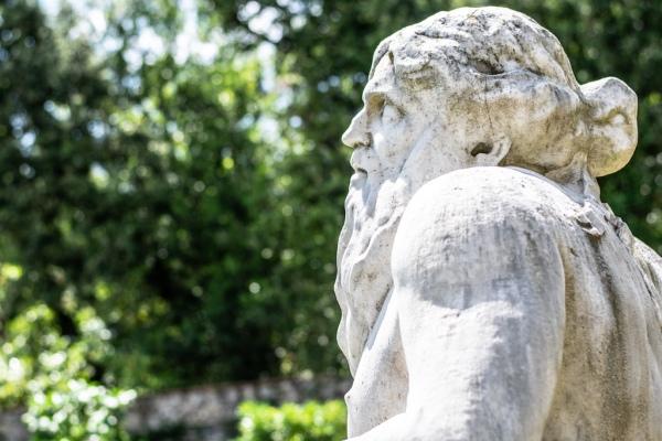 Serchio statue Villa Marlia